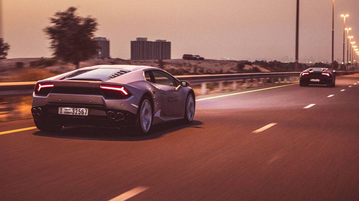 Турист на прокатном Lamborghini насобирал 33 штрафа за три часа