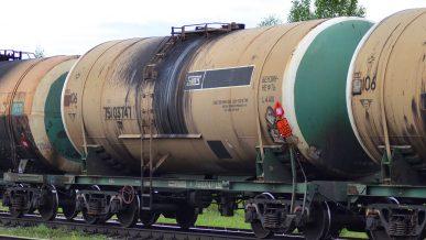 Запрет на ввоз российского бензина перенесли на 25 августа