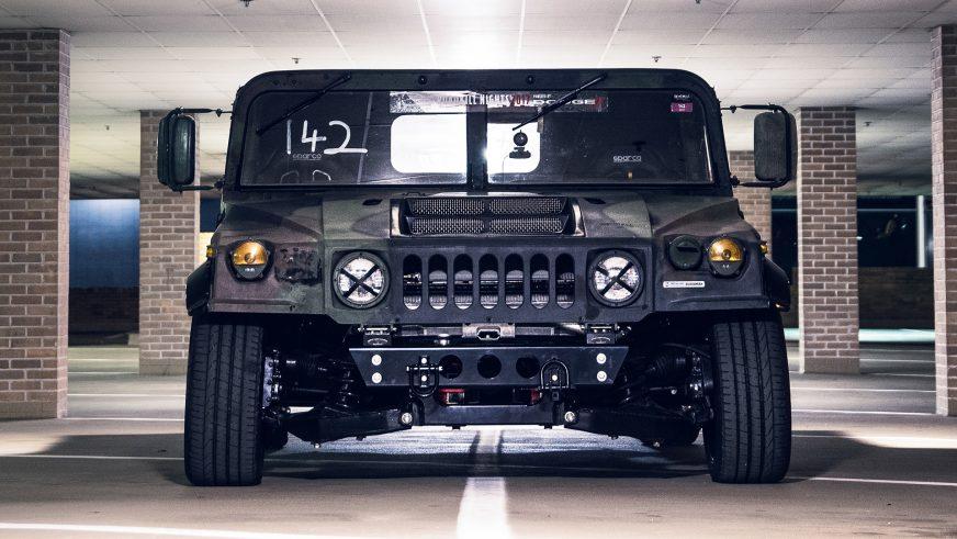 Из Hummer H1 сделали автомобиль для трека