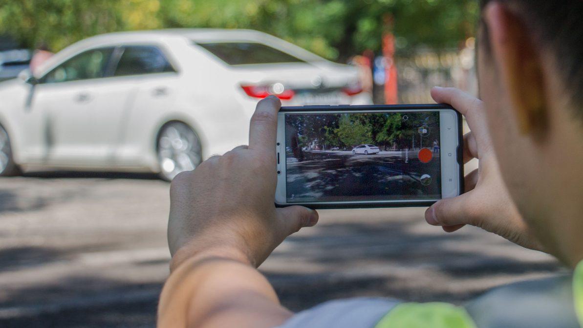 Полицейские будут платить за видео с нарушениями ПДД
