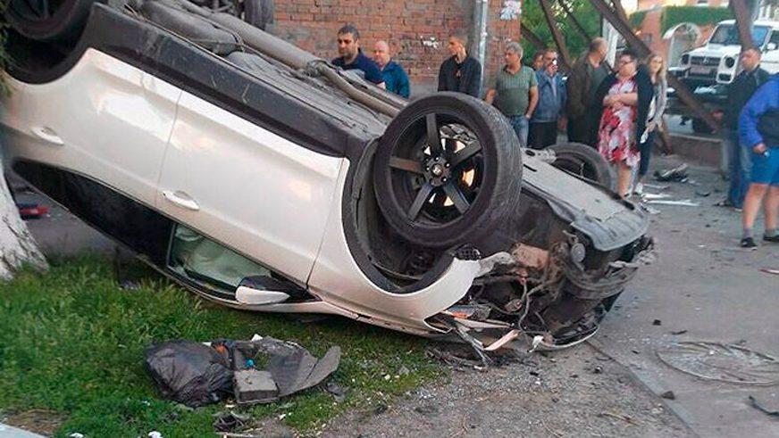С водителя Hyundai Santa Fe требуют $90 тысяч за ДТП