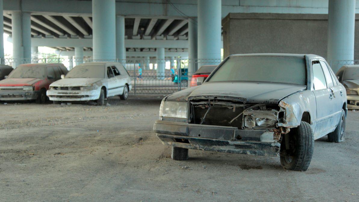 Брошенные машины в Астане предложили утилизировать
