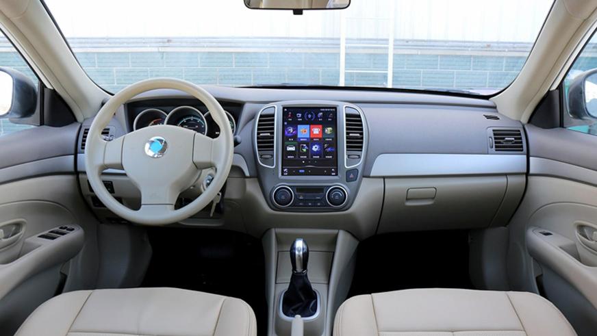 Nissan Almera превратилась в китайский электромобиль