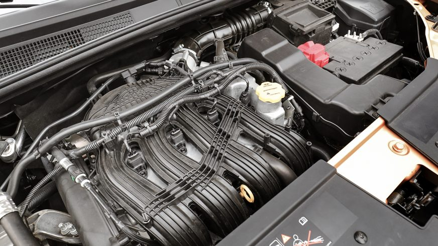 Lada XRAY Cross - 2018 - двигатель