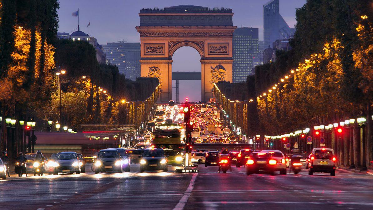 Старым дизелям закроют доступ в Париж в 2019 году