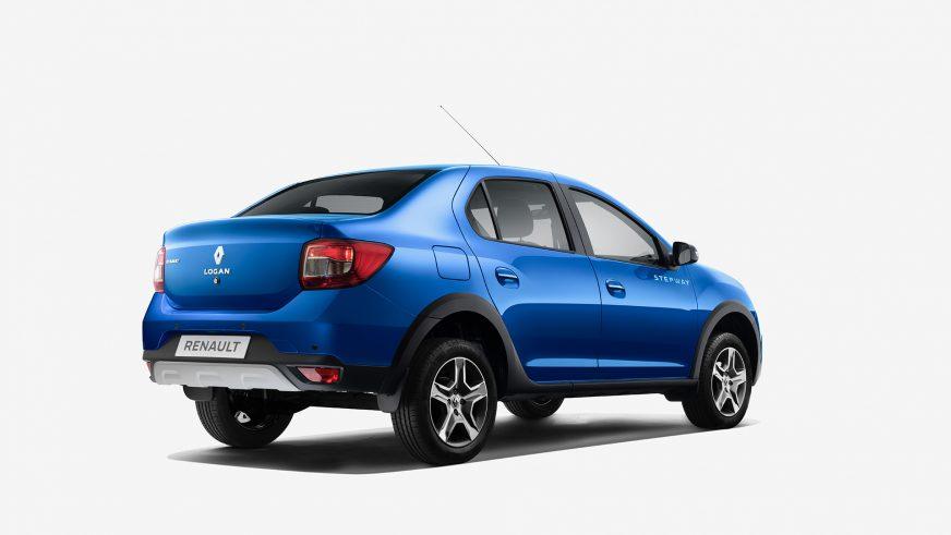 Приподнятый Renault Logan добрался до Казахстана
