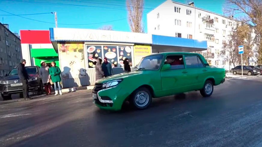В России попытались превратить ВАЗ-2105 в Lada Vesta