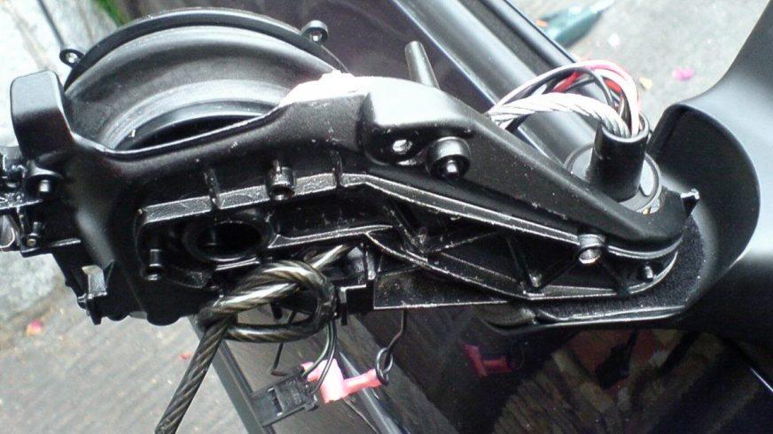 Как защитить автозеркала от кражи?