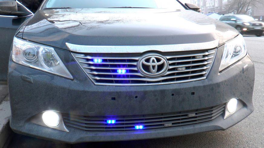 Автомобили без номеров ловят полицейские на проспекте Аль-Фараби