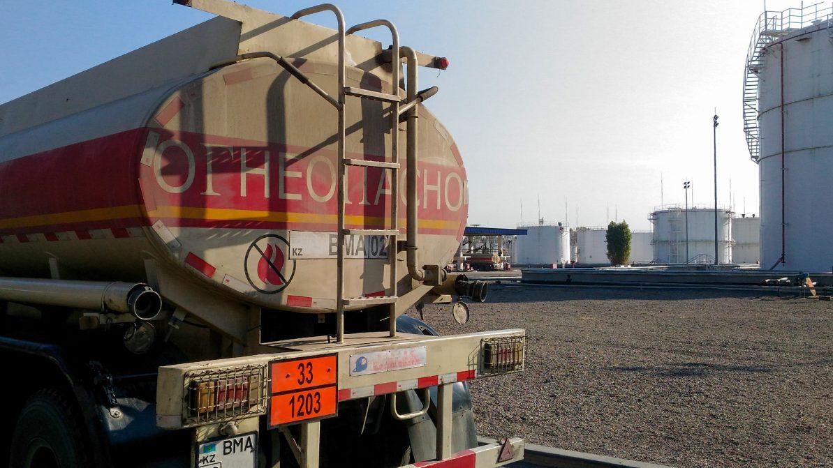 Запрет на вывоз дизеля из РК перенесён, но всё ещё актуален
