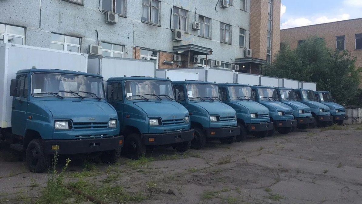 Капсула времени: «бычки» в масле распродают в России