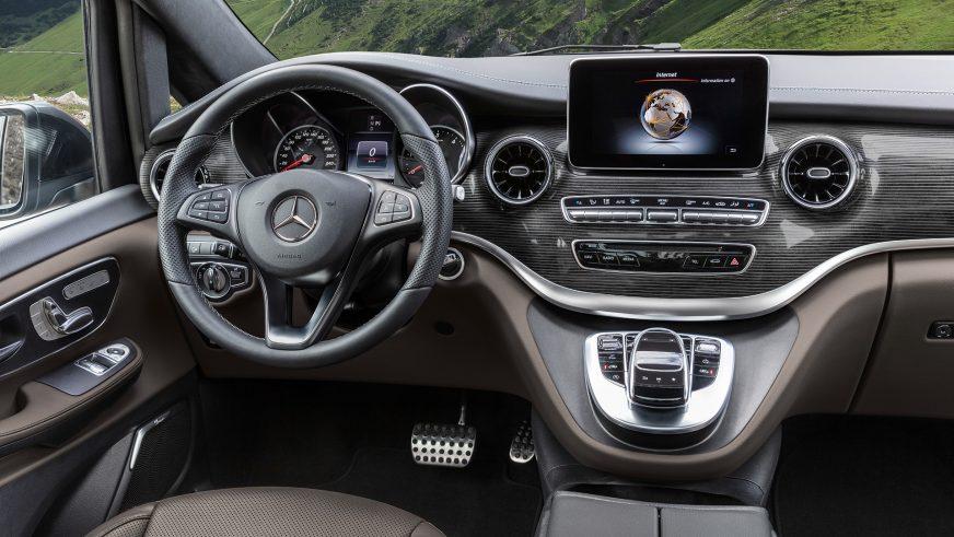 Mercedes-Benz V-Class обновился и получил 9-ступенчатый автомат