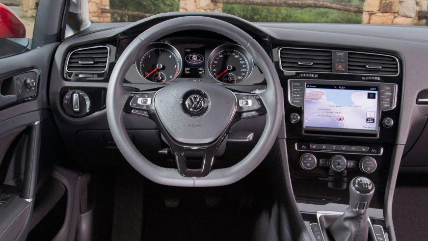 2012 год — Volkswagen Golf VII