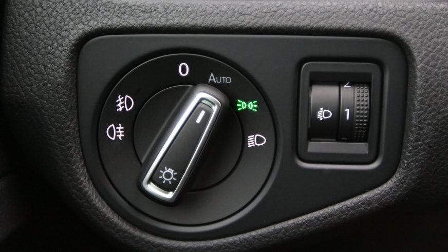 Volkswagen Golf - 2015
