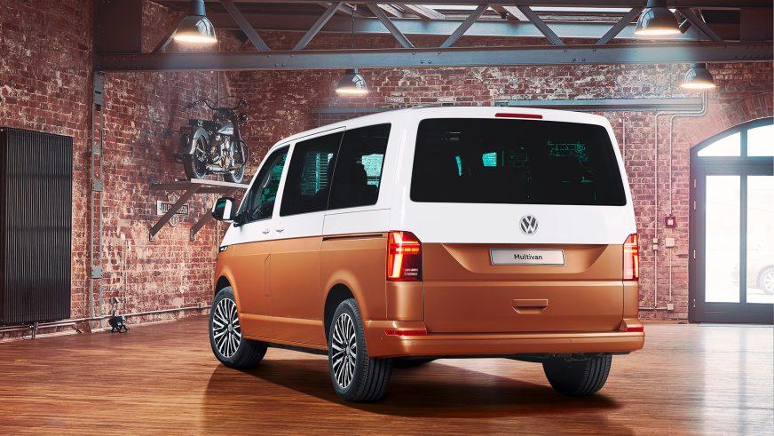 Volkswagen Multivan обновили: появилась версия на электротяге