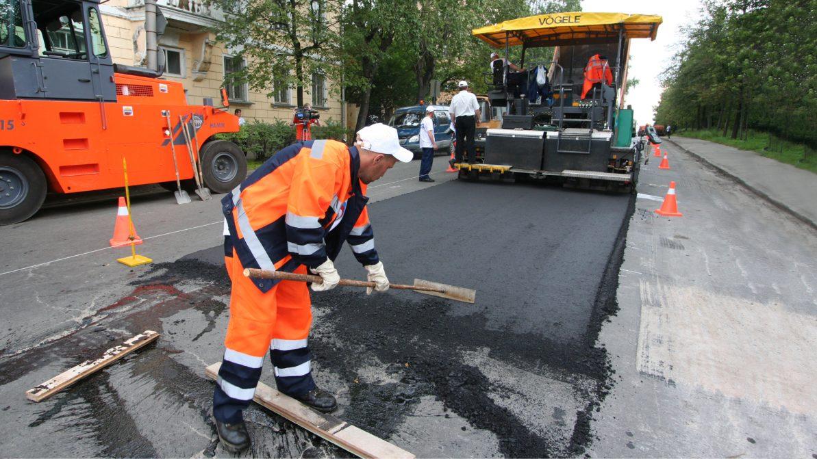 Президент поручил выделить 350 млрд тенге на улучшение дорог