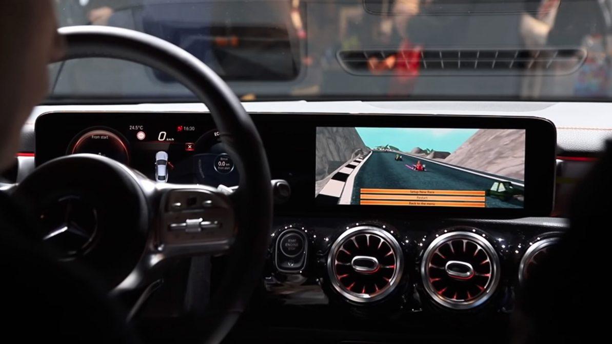 Mercedes-Benz превратила новый CLA в игровую приставку