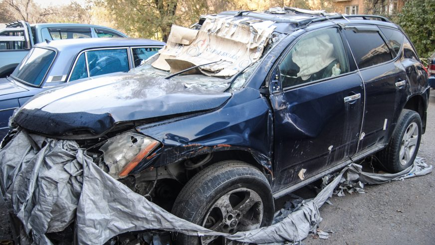 Хозяев брошенных авто штрафуют в Алматы