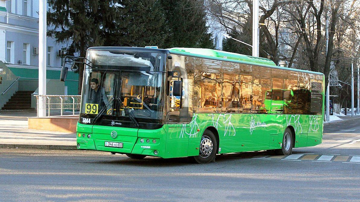 Китайские автобусы Golden Dragon начнут собирать в Казахстане