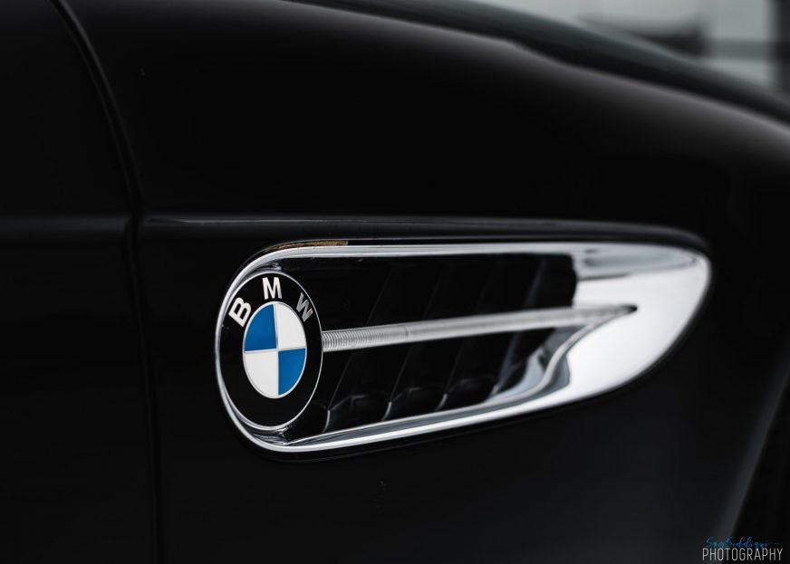 BMW как у Бонда продали за $143 тысячи