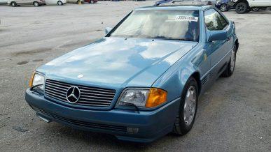 Украденный Mercedes SL500 нашли спустя 27 лет