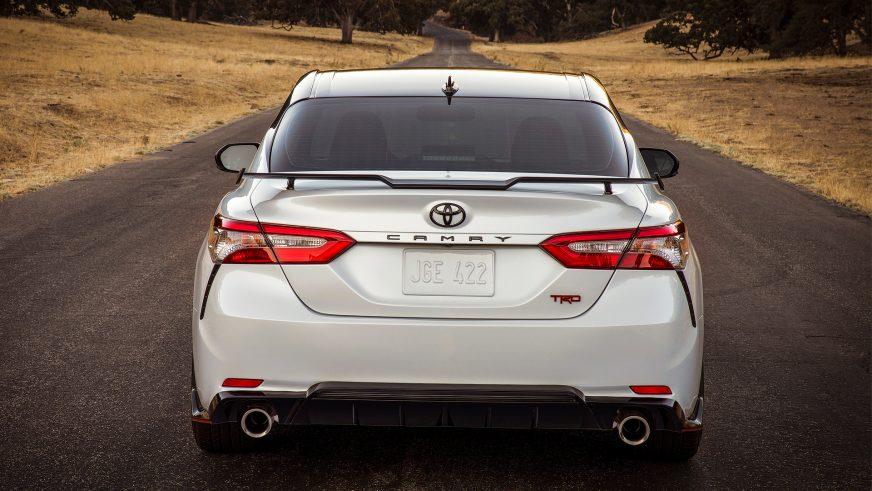Во что «одеть» новенькую Toyota Camry 70