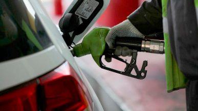 В марте цены на топливо почти не изменились