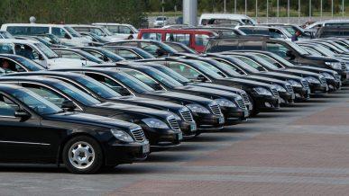 Закуп импортных авто для госкомпаний в Казахстане запретят
