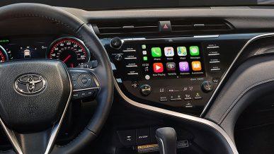 Toyota Camry получит CarPlay