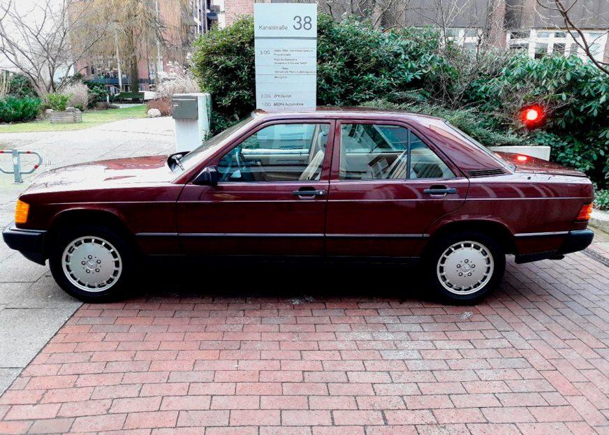 Капсула времени: абсолютно новый Mercedes-Benz 190 за $55 000