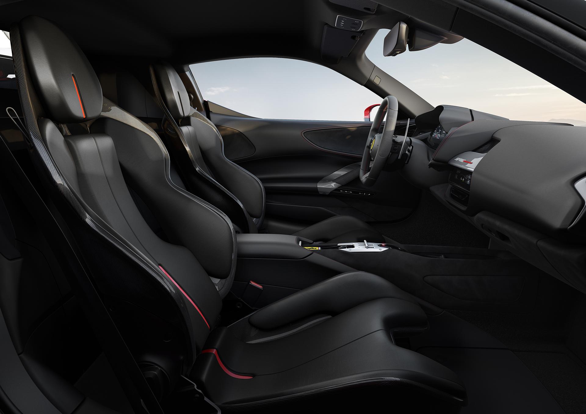 Ferrari построила первый подзаряжаемый гибрид