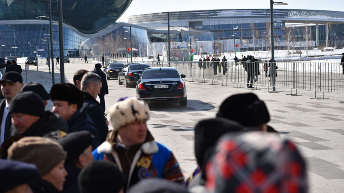 Президент Беларуси пересел с 221-го «Пульмана» на 222-й