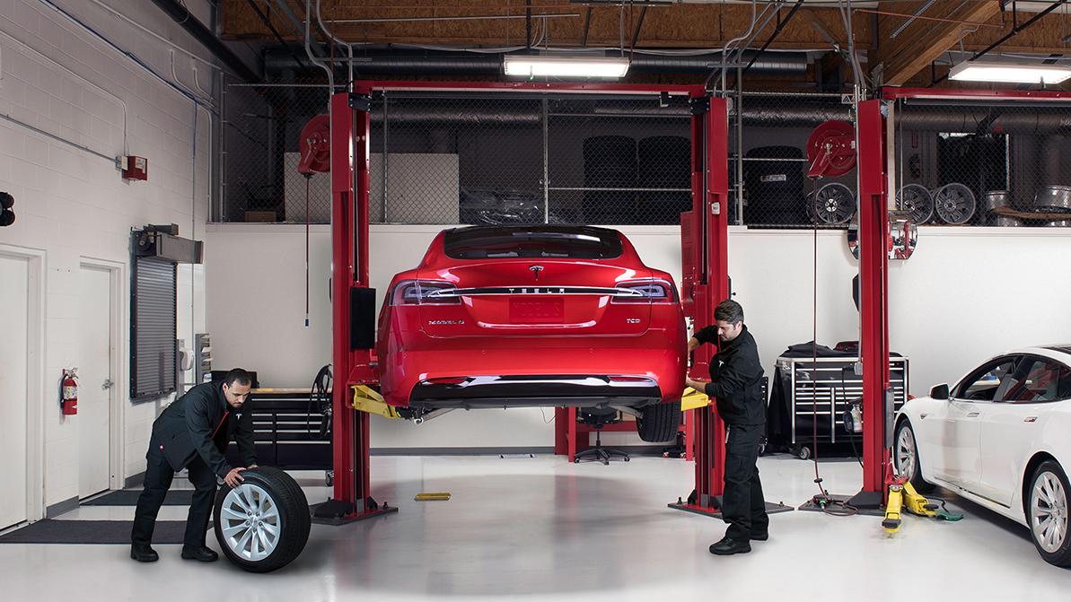 Первый казахстанский сервис Tesla откроется в Алматы
