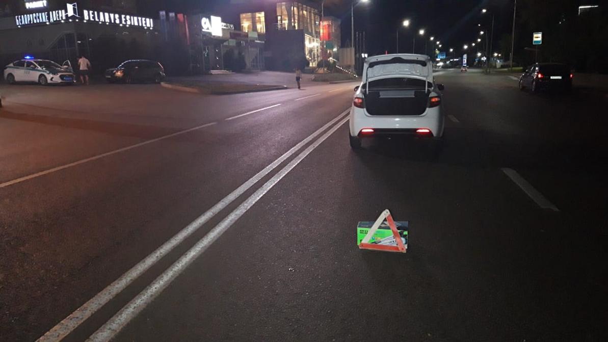 Мужчину на электросамокате сбили на пешеходном переходе