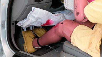 Подушки безопасности для колен бесполезны
