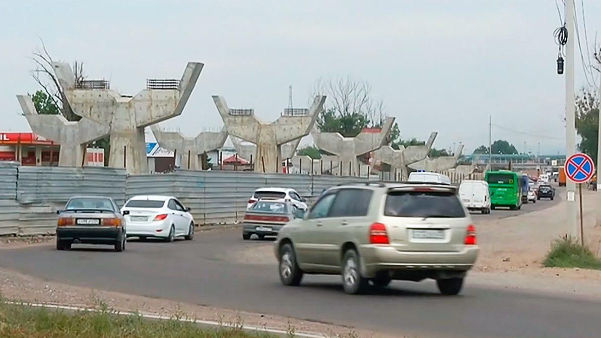 Новые развязки в Алматы не успеют сдать в обещанные сроки