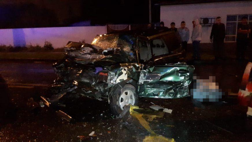Двое погибли в столкновении Subaru и Toyota в Алматы