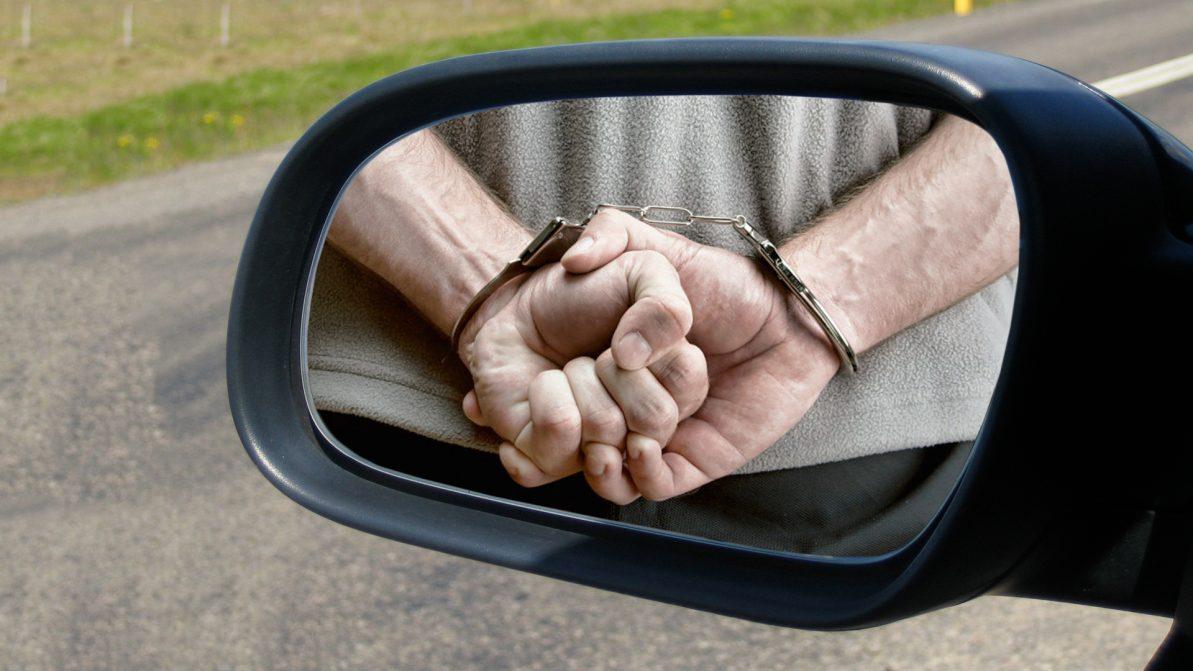 Укравший автозеркала у Баландина вышел на свободу и принялся за старое