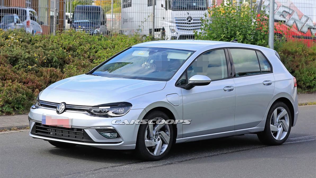 Осталось две недели до премьеры нового VW Golf