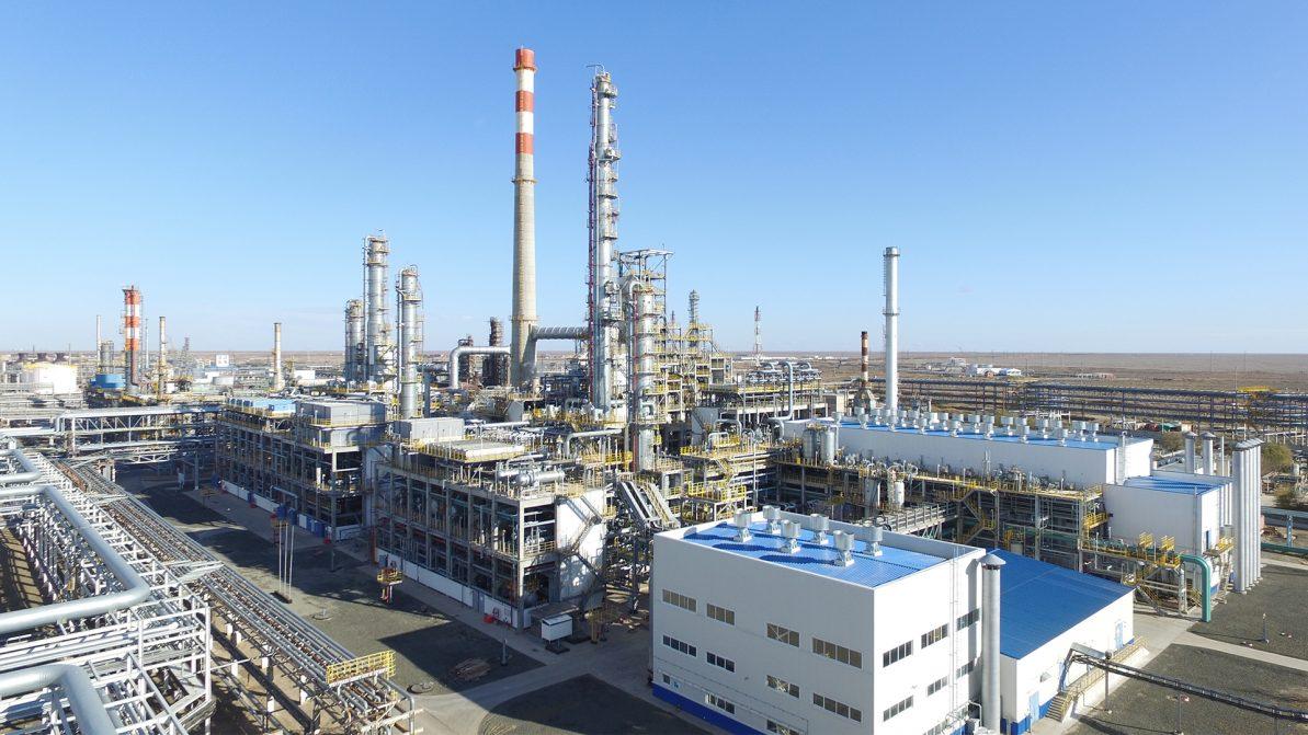 В Казахстане начали производить больше бензина и дизеля