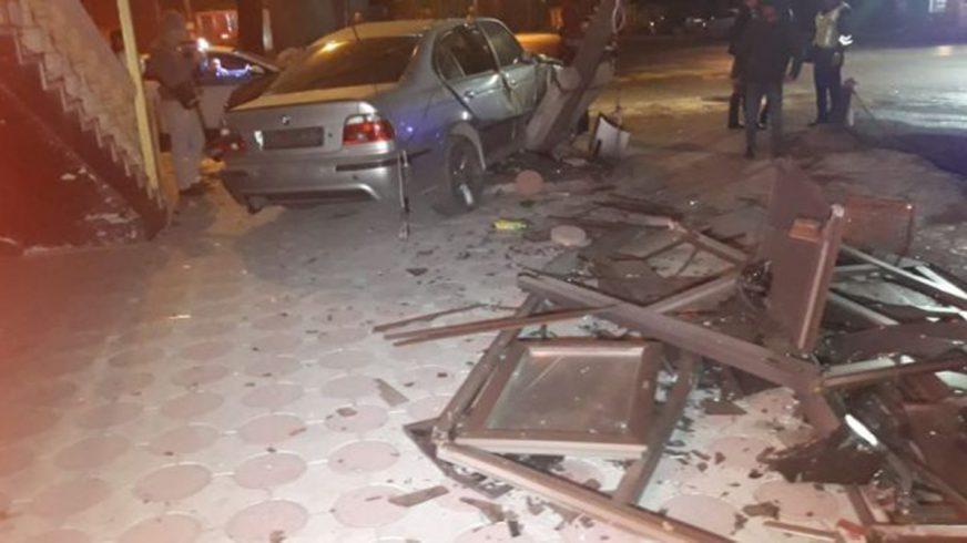 Уличные гонщики устроили ДТП в Алматы