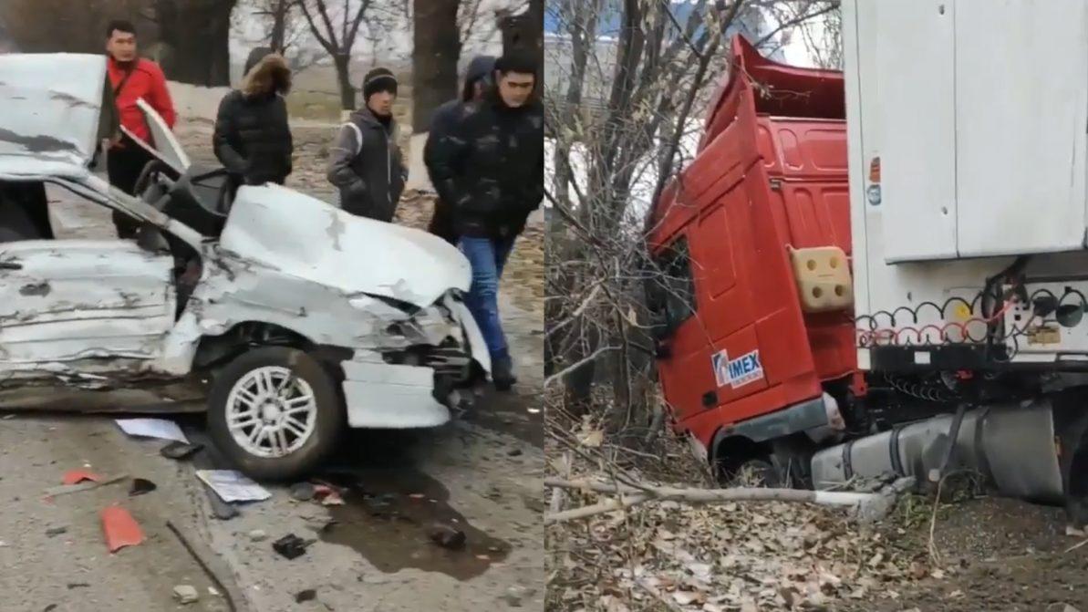 Длинномер DAF протаранил ВАЗ-2114 на трассе близ Алматы