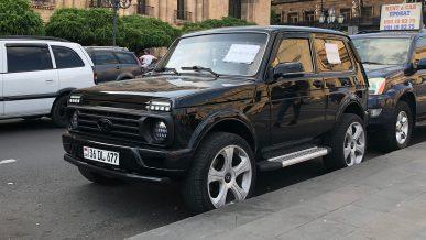 Заставлять регистрировать авто из стран ЕАЭС в Казахстане не будут. Пока