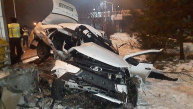 Двое погибли в ДТП с Lada Granta