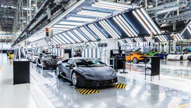 В Италии остановились заводы Fiat, Ferrari и Lamborghini