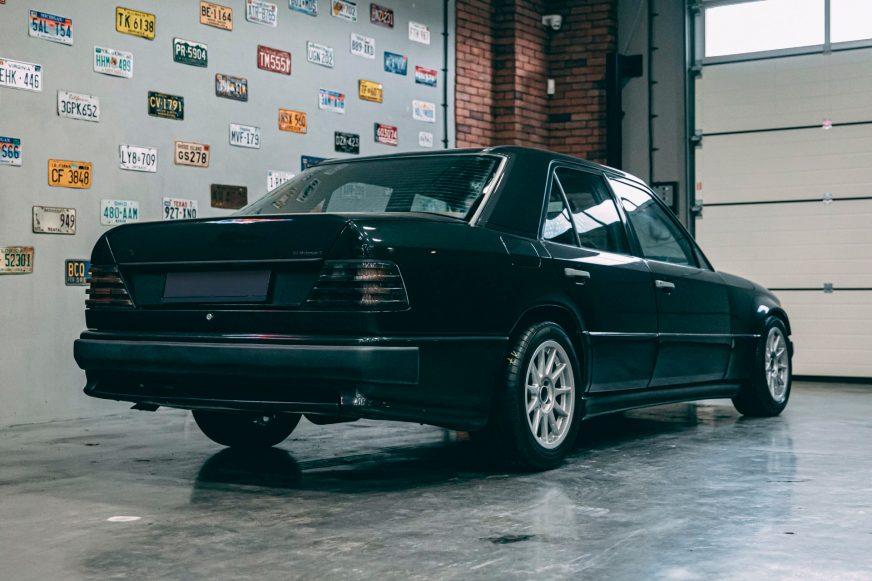 Mercedes-Benz W124 c мотором от BMW