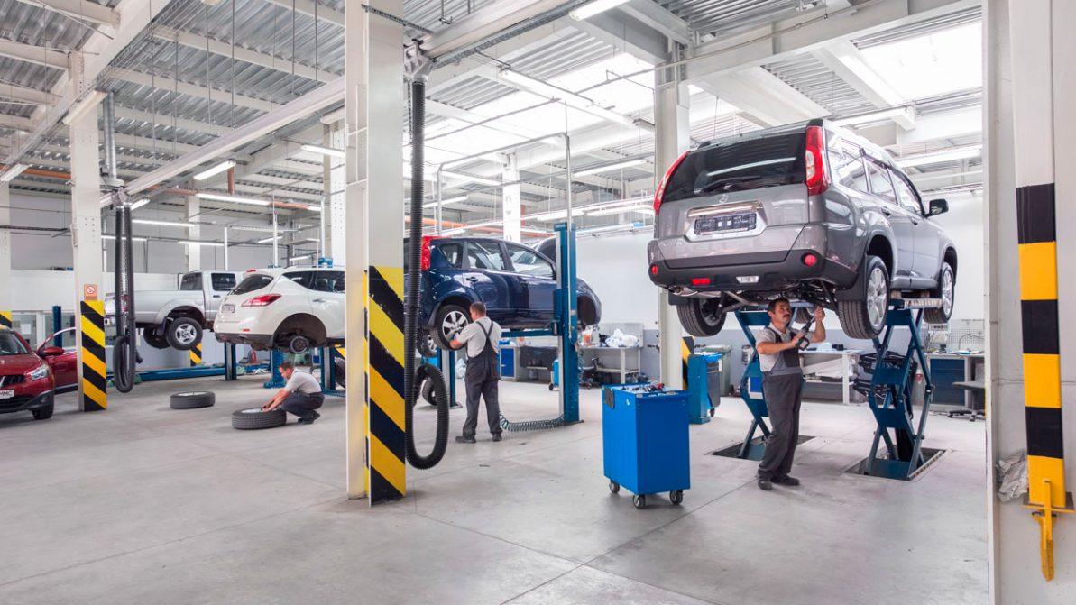 Разрешат ли работать СТО, автомойкам и автомагазинам?