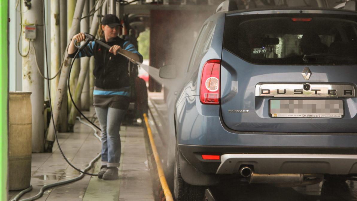 Автосалонам, СТО и автомойкам в Алматы разрешат работать только после проверки комиссией