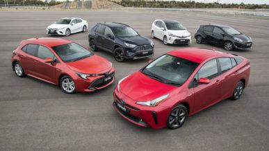 Toyota выпустила 15 млн гибридов