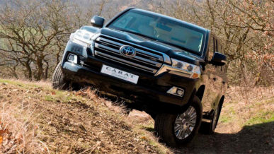 В Бельгии построили удлинённый Toyota Land Cruiser 200